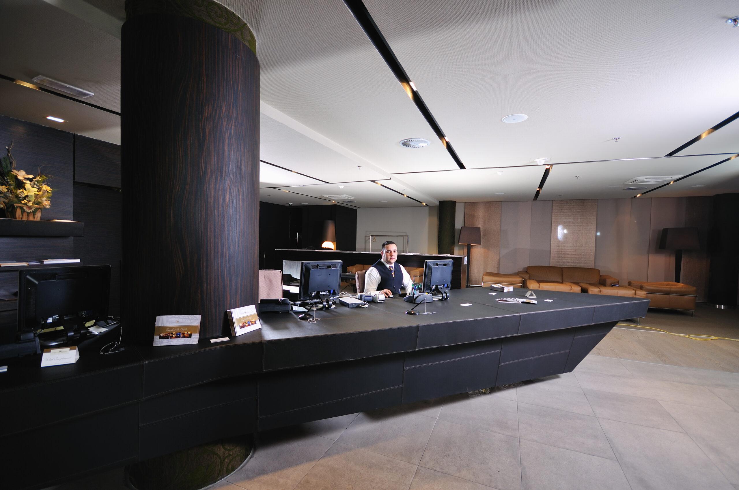 Rezeption garbsen, Pförtnerdienst, Empfangsdienst, Agentur für Sicherheit und Brandschutz, Sicherheitsdienst, Frankfurt/Main